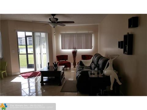 901 SW 141 Ave #M-111, Pembroke Pines, FL 33027