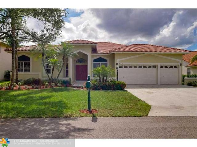 4330 NW 63rd Ave, Coral Springs, FL 33067