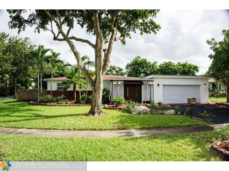5200 SW 4th Street, Plantation, FL 33317