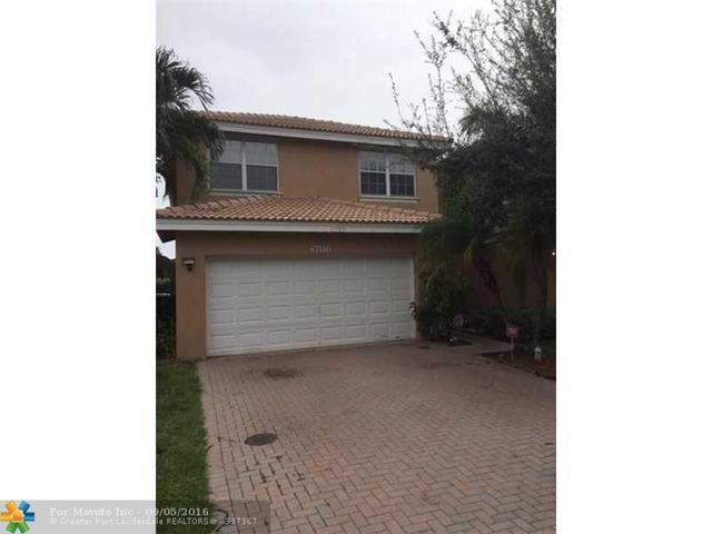 6700 NW 38th Dr, Lauderhill, FL 33319