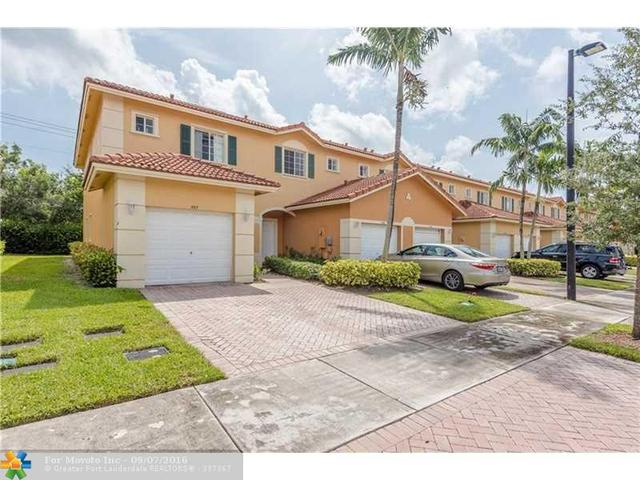 580 Princess Dr #580, Margate, FL 33068