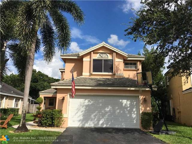 2996 Myrtle Oak Cir, Davie, FL 33328