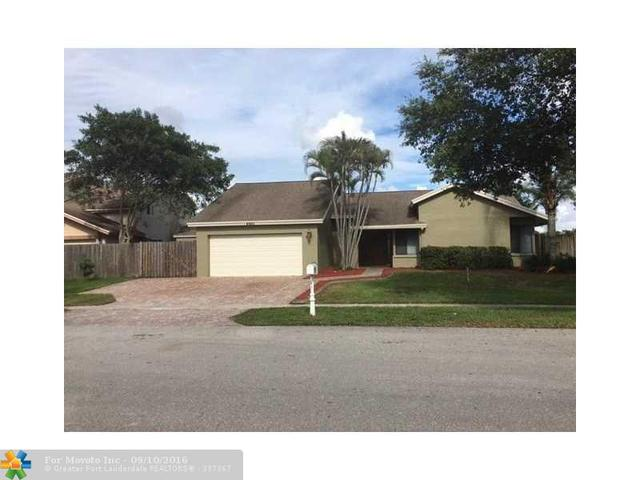 4880 SW 104th Ave, Cooper City, FL 33328