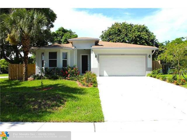 3067 SW 17th St, Fort Lauderdale, FL 33312