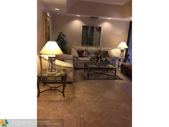 5951 N Wellesley Park Dr #207, Boca Raton, FL 33433