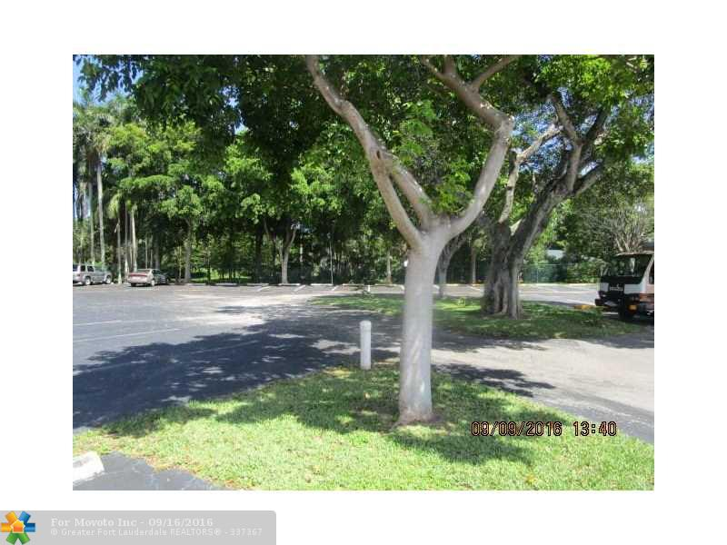351 NE 19th Place #107K, Wilton Manors, FL 33305