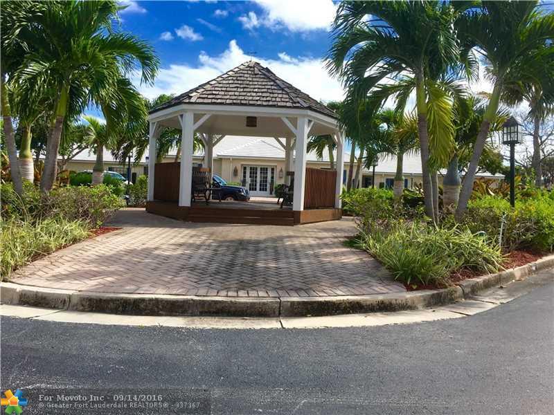 160 Cypress Club Drive #604, Pompano Beach, FL 33060