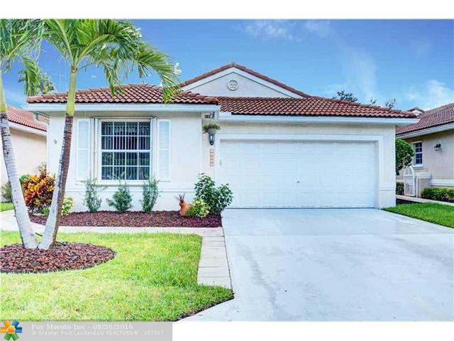 10945 NW 46th Dr, Coral Springs, FL 33076