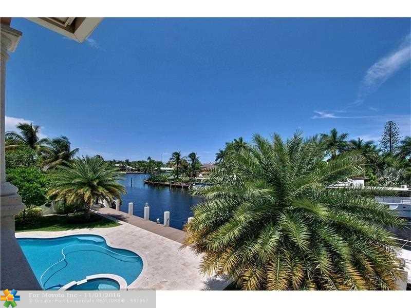 220 Nurmi Drive, Fort Lauderdale, FL 33301