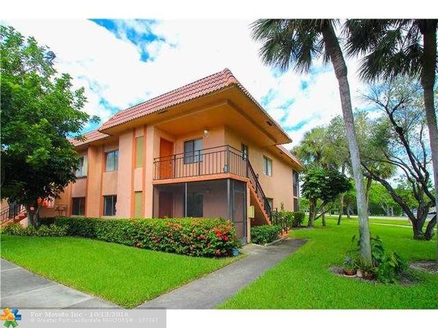 231 Lakeview Dr #106, Weston, FL 33326