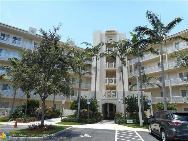 3600 Oaks Clubhouse Dr #104, Pompano Beach, FL 33069