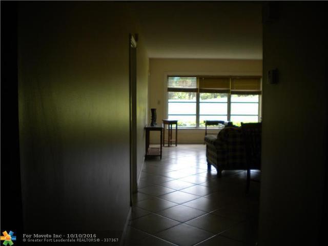 3150 N Palm Aire Dr #105, Pompano Beach, FL 33069