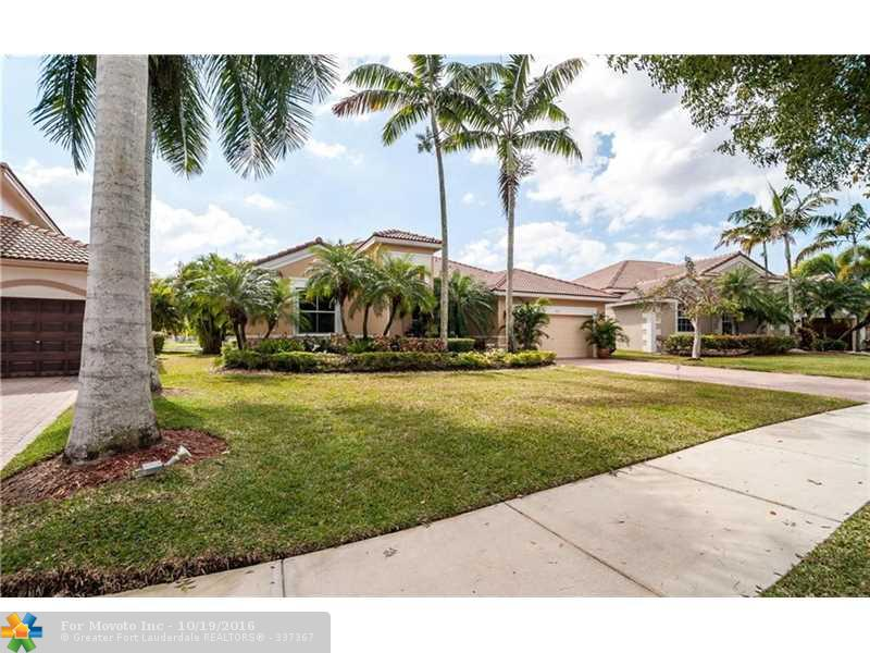 1532 Cardinal Way, Weston, FL 33327