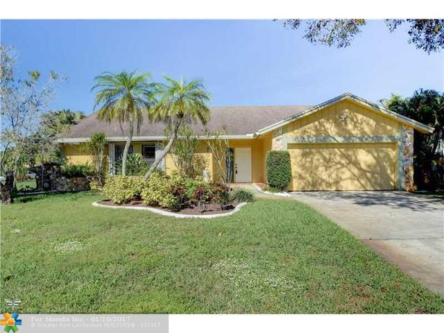 7007 NW 40th Pl, Coral Springs, FL 33065