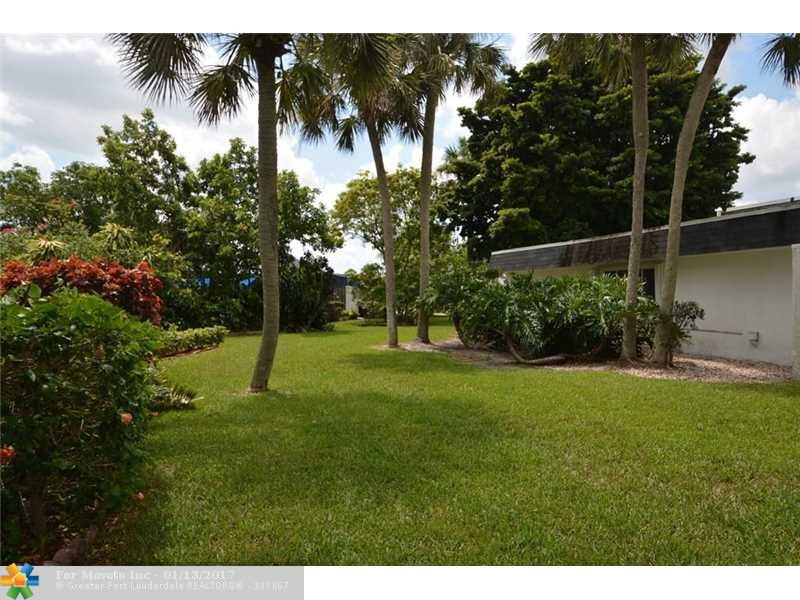 5206 Bayberry Lane, Tamarac, FL 33319