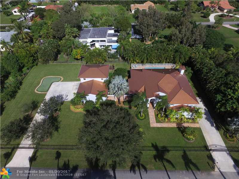 11651 NW 17th Court, Plantation, FL 33323