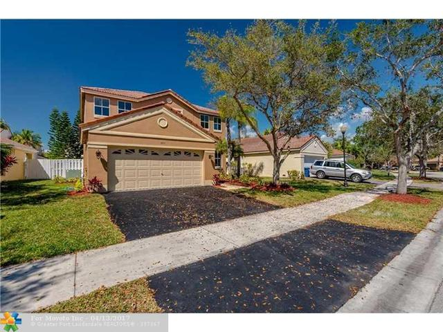 695 Falling Water Rd, Weston, FL 33326