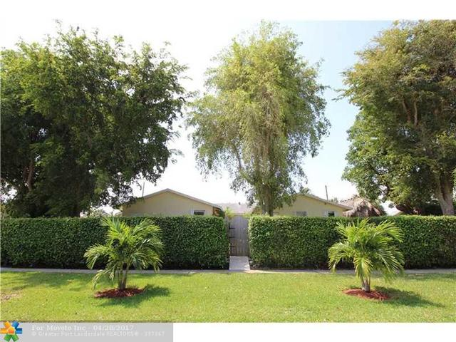 84 Mohigan Cir, Boca Raton, FL 33487