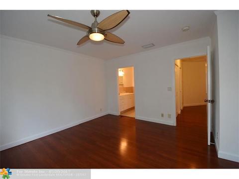 7641 Tamarac Island Cir #7641, Tamarac, FL For Sale MLS# F10078338   Movoto