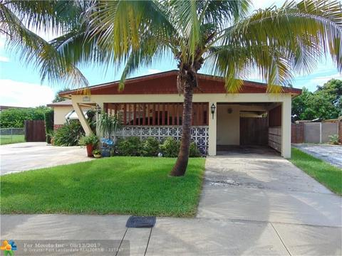 4481 NW 60th St, North Lauderdale, FL 33068