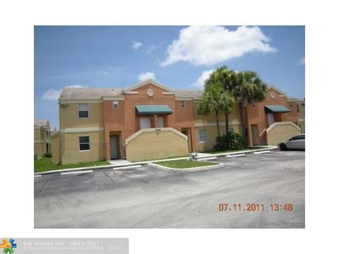 2451 NW 56th Ave #1-203, Lauderhill, FL 33313