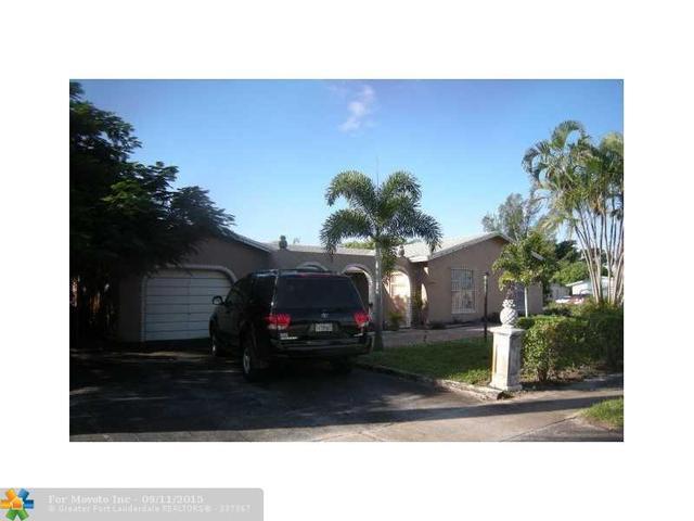 6340 SW 3rd St, Pompano Beach, FL