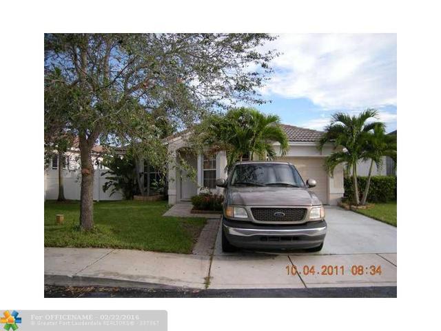 16471 NW 22nd St, Pembroke Pines, FL