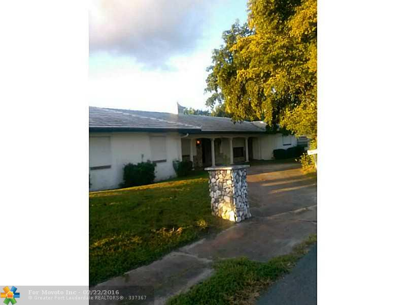 401 NW 3rd Place, Dania, FL 33004