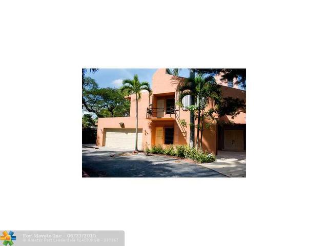 903 SE 13th St, Deerfield Beach, FL