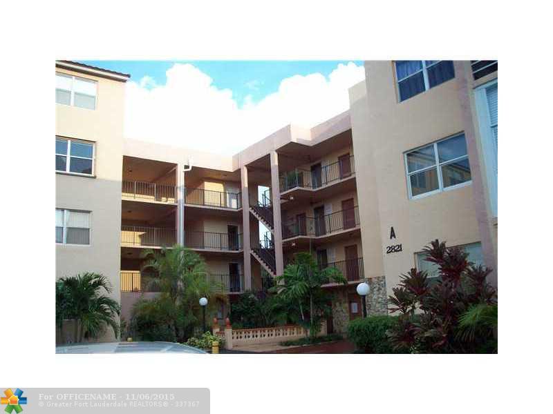2821 Somerset Dr #APT 203, Fort Lauderdale, FL