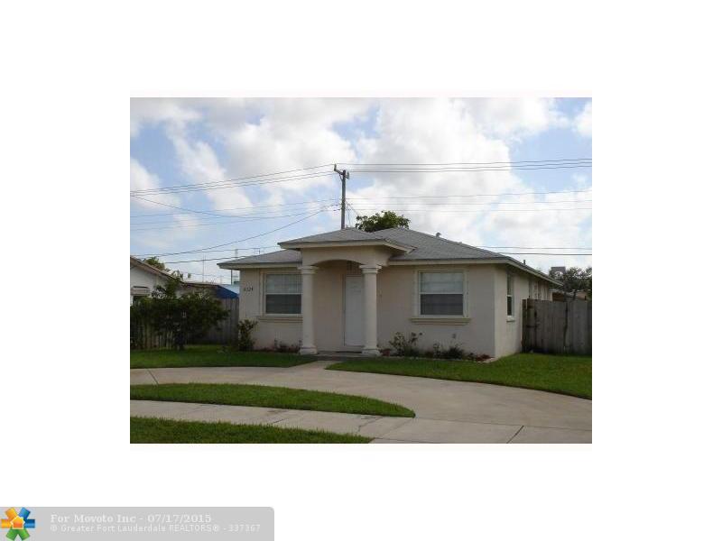 6324 Taylor St, Hollywood, FL