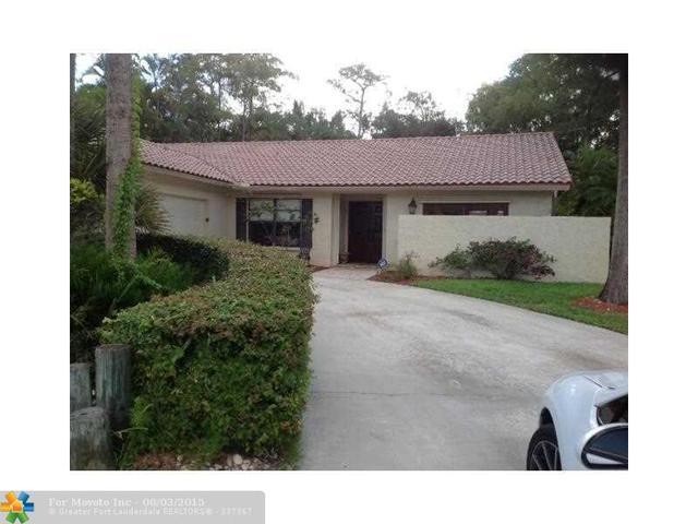 21803 High Pine Trl, Boca Raton, FL 33428