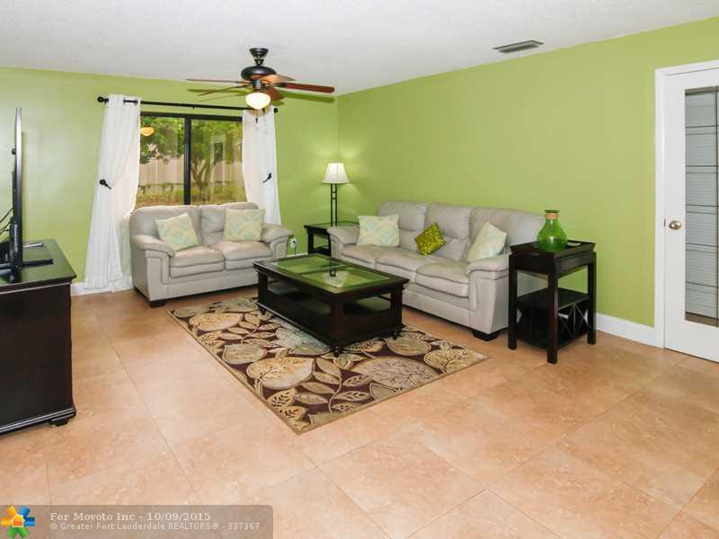 5711 W Waterford Drive, Fort Lauderdale, FL 33331