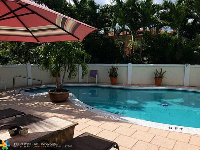 2401 Bay Dr, Pompano Beach, FL 33062