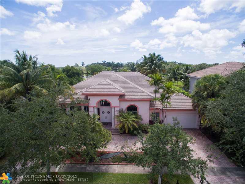 5476 Estate Oak Cir, Fort Lauderdale, FL