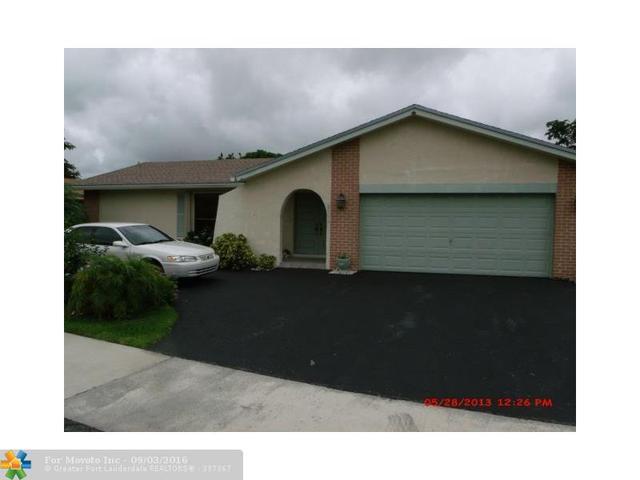 8950 NW 62nd St, Tamarac, FL 33321