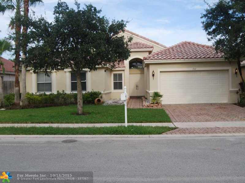 1541 SW 189 Te, Hollywood, FL