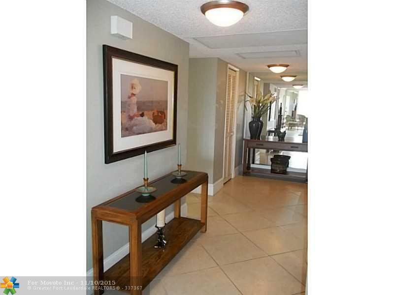 806 Cypress Blvd #APT 401, Pompano Beach, FL