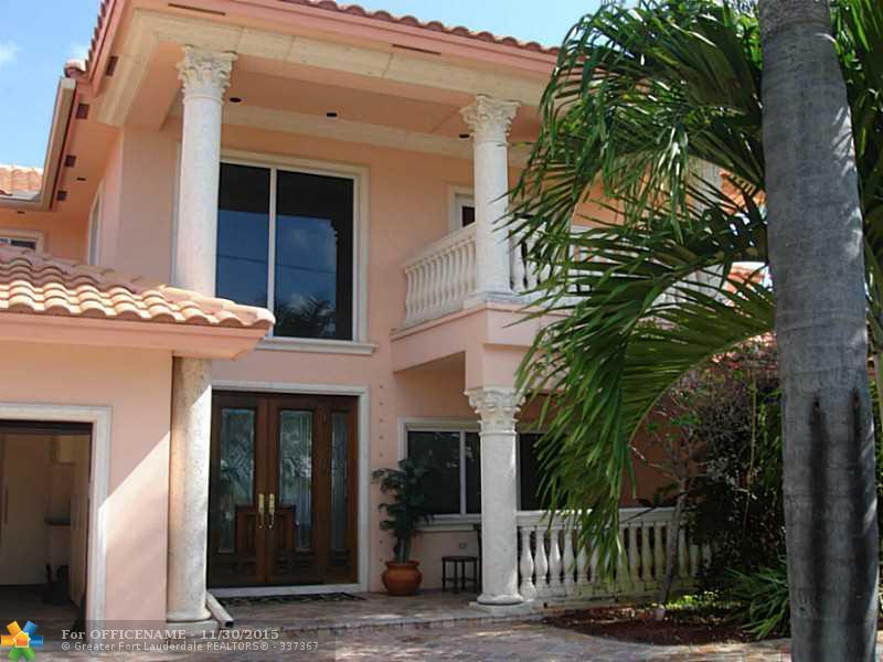 25 Castle Harbor Is, Fort Lauderdale, FL