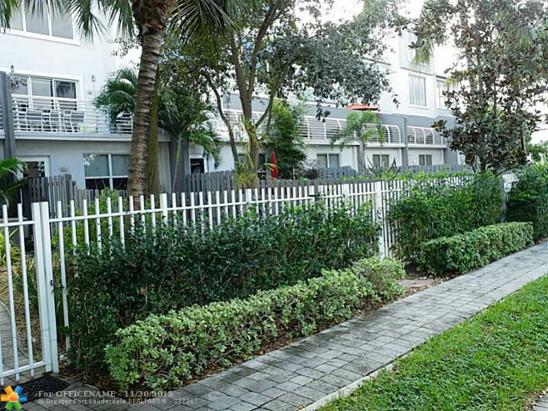 812 NE 28th St #APT 812, Fort Lauderdale, FL