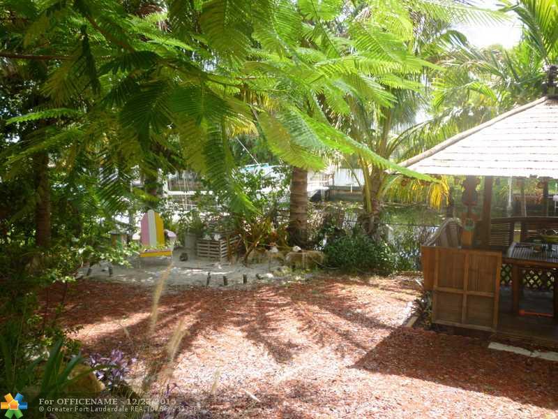 2418 Tortugas Ln, Fort Lauderdale, FL