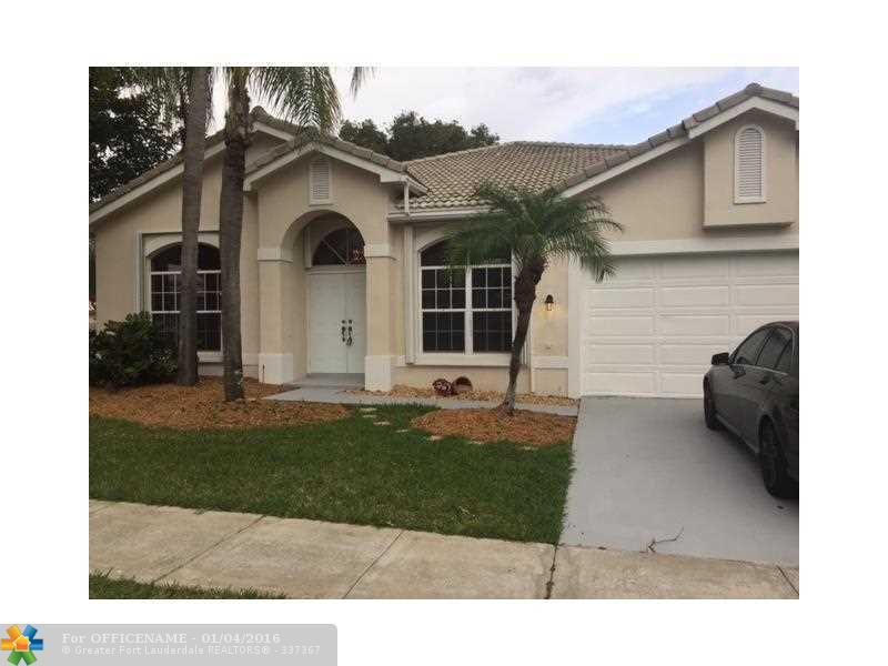 18361 NW 10 St, Hollywood, FL