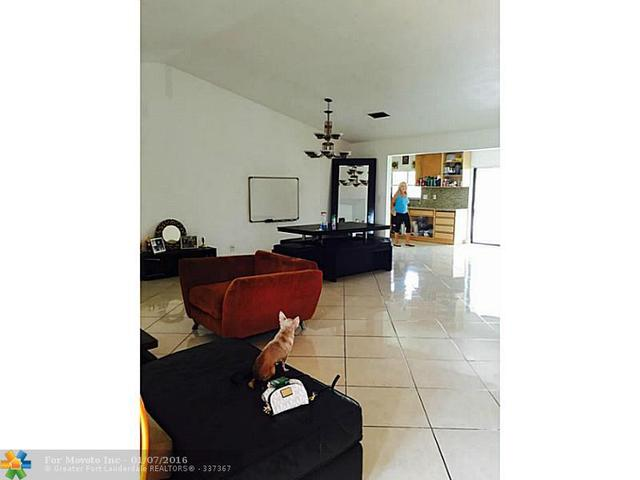 13315 NW 10th St, Fort Lauderdale FL 33323
