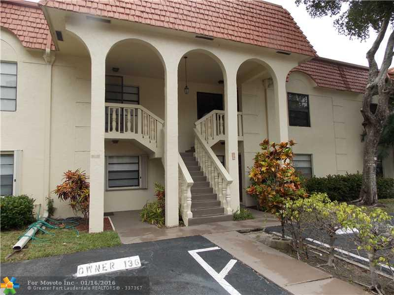 136 S Cypress Rd #APT 327, Pompano Beach, FL