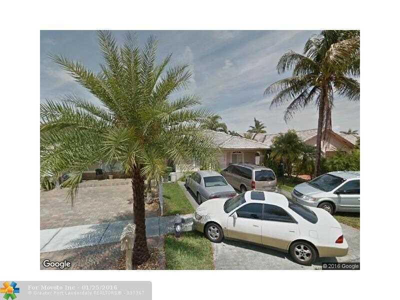 3535 W 72nd St, Hialeah, FL