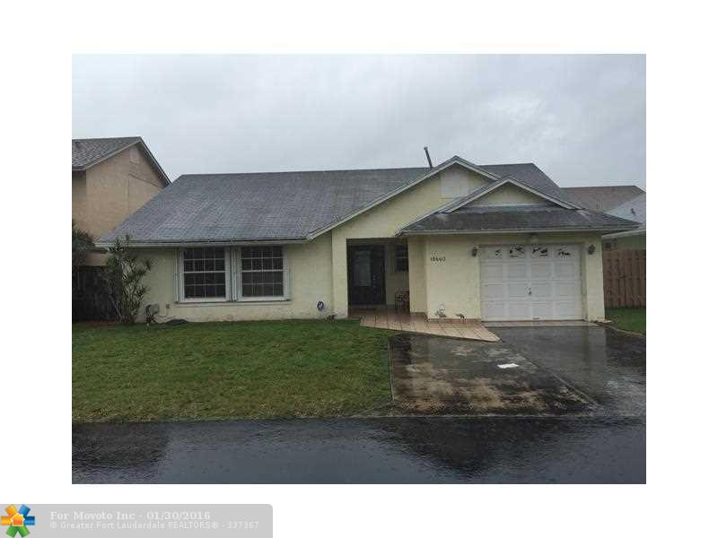 18660 NW 77 Ct, Hialeah, FL