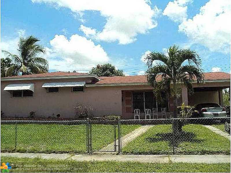 712 NW 188th Dr, Miami, FL