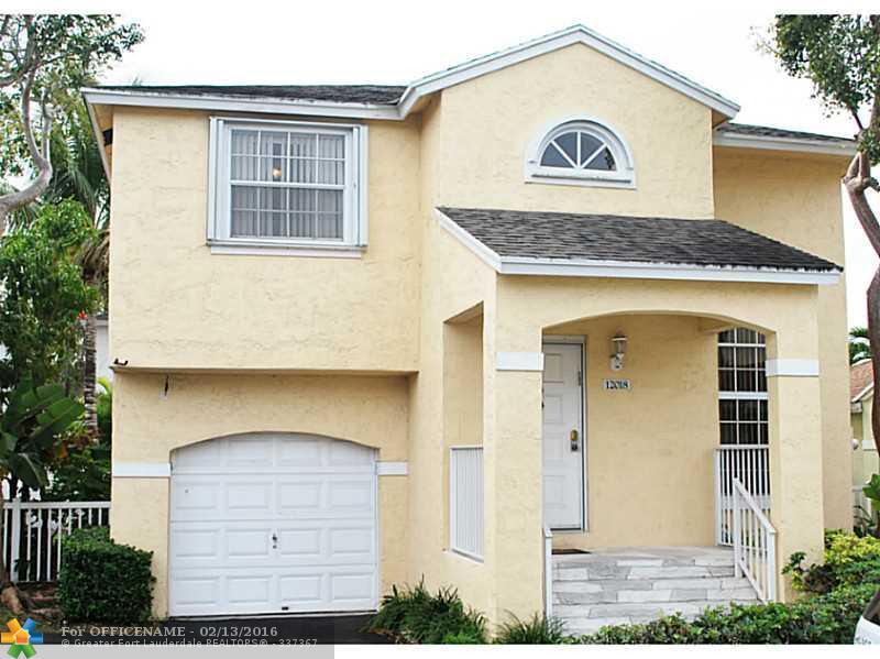 12018 NW 13th St, Hollywood, FL