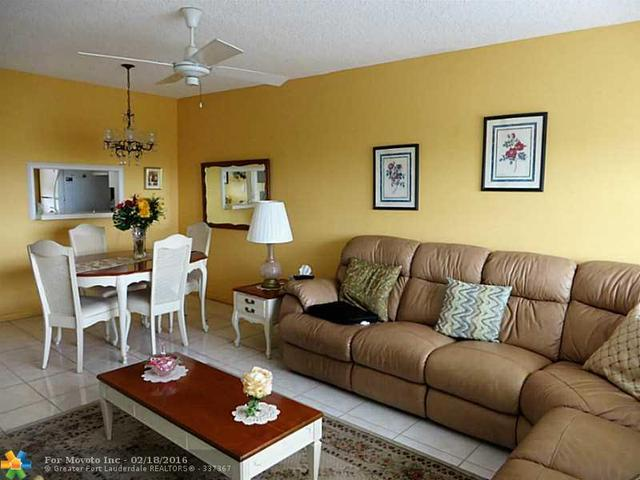 4801 NW 34th St #606, Lauderdale Lakes, FL 33319