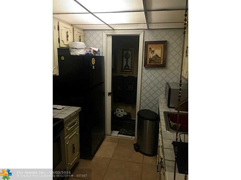 6603 Winfield Blvd #APT B10, Pompano Beach, FL